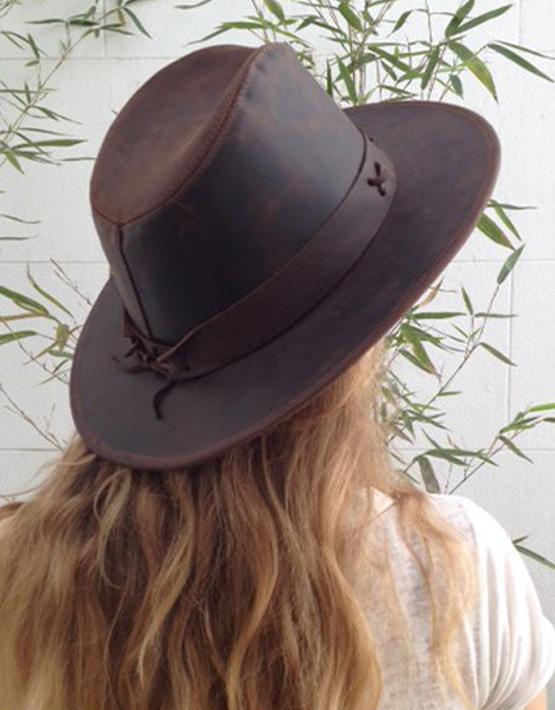 sombrero_cuero_2