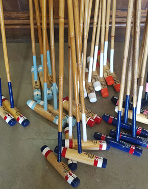 Polo mallets with flag